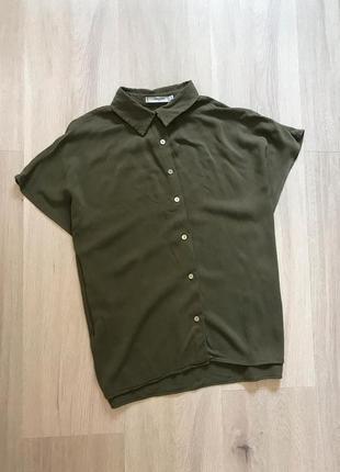 Натуральная свободная рубашка на пуговицах летучая мышь хаки вільна сорочка хакі оверсайз mango xs/s