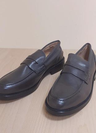 Кожаные мужские туфли италия