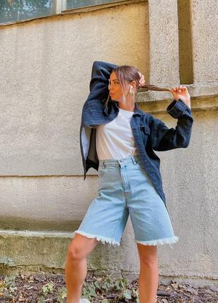 Джинсовые бермуды с бахромой, необработанный низ, длинные шорты, голубой джинс