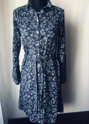Оригинальное платье на пуговицах из коттона и вискозы