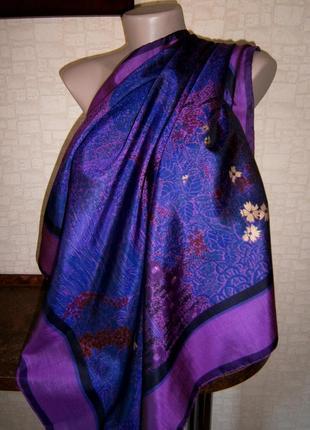 Красивый платок из натурального шелка с ручной росписью.5 фото