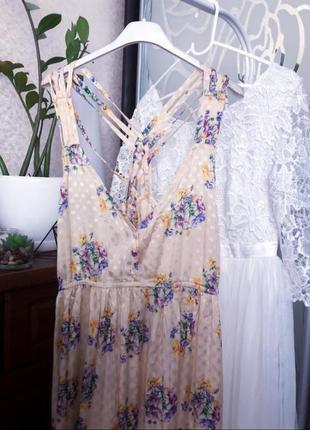 Натуральное нежное платье в цветы