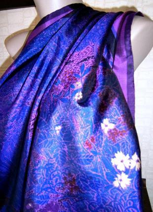 Красивый платок из натурального шелка с ручной росписью.3 фото