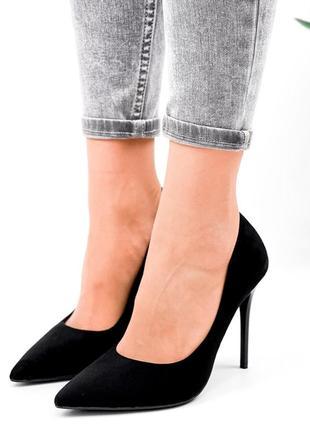 Рр 36-39. чёрные туфли с острым носком