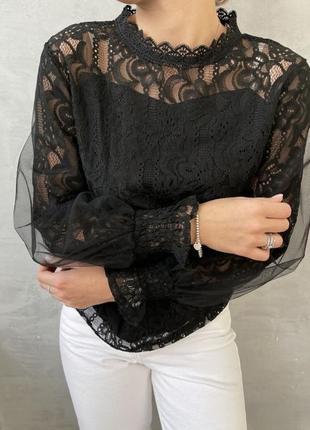 Красивая черная кофточка блузка женская рубашка с кружевом