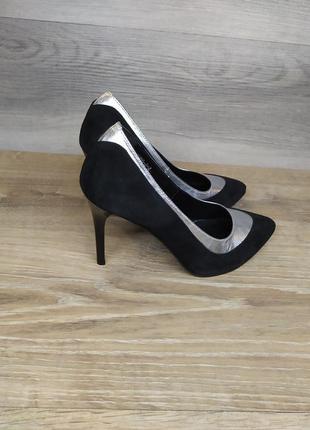 Замшевые туфли на шпильке 37 размера (модель 2014)