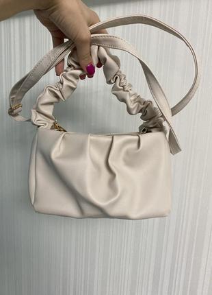 Новая трендовая сумочка