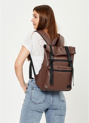 Жіночий рюкзак ролл коричневий