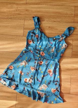 Платье с принтом цветы с вискозы