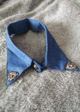 Стильный джинсовый накладной воротник