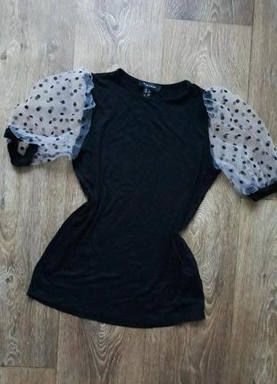 Красивая стильная повседневная футболка с воланами фонариками чёрная в горошек new look нарядная