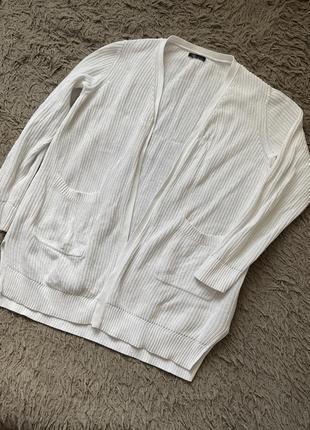 Кардиган вязаный свитер белый с карманами