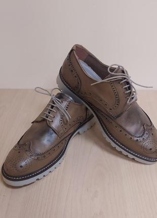 Кожаные туфли оксфорд женские италия