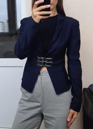 Легкий пиджак жакет
