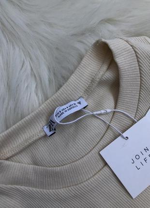 Трендовое платье с акцентным швом под грудью6 фото