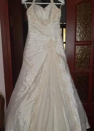 Свадебное платье ivory новое