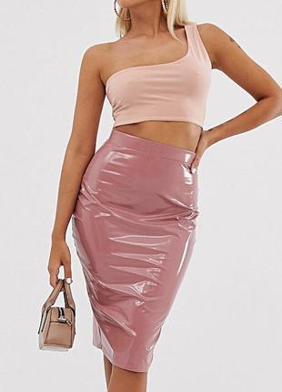 Виниловая юбка-карандаш в светло-розовом цвете р.18