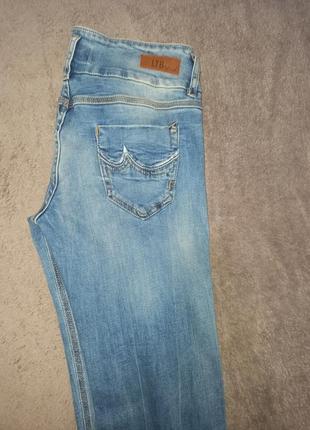 Фирменные новые женские штаны джинсы стрейчевые3 фото