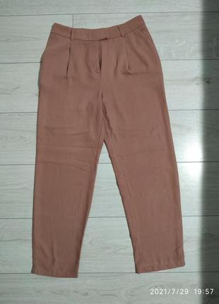 Крутые укороченные брюки с высокой талией