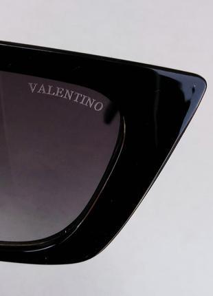 Valentino очки женские солнцезащитные модные узкие черные с серебристым логотипом9 фото