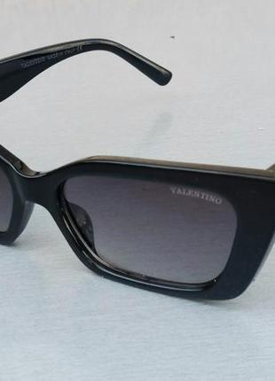 Valentino очки женские солнцезащитные модные узкие черные с серебристым логотипом