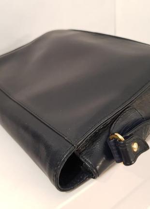 Породистая кожаная сумка crossbody guiliano dorre италия6 фото