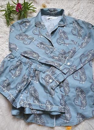 Классная хлопковая пижама с шортиками в актуальный звериный принт! размер м!