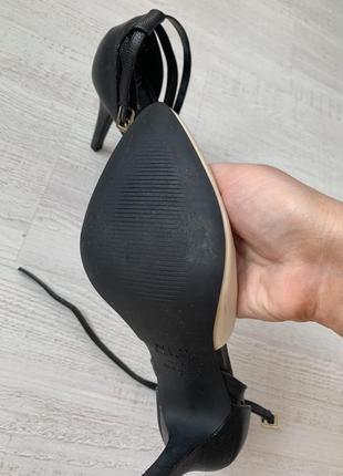 Туфли на каблуках6 фото