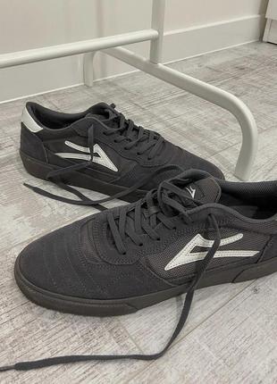 Кеды lakai серые замшевые оригинал для скейте bmx лакаи кроссовки