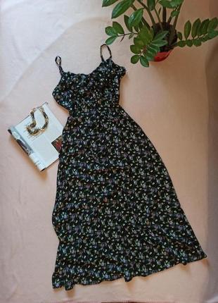 Плаття сукня з поясом