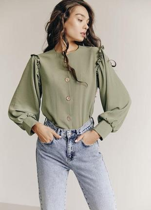 Блуза хаки с пуговицами