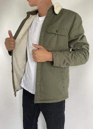 Мужская куртка шерпа pull&bear