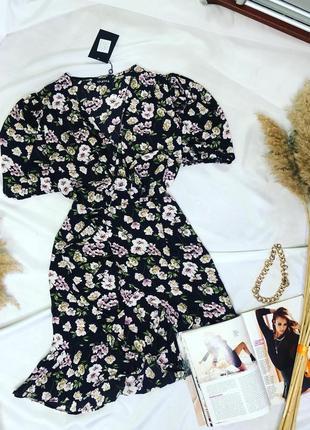 Платье с имитацией запаха в цветочный принт