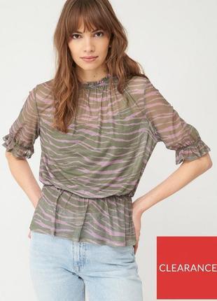 Легкая футболка из сетки в принт зебры хаки+розовый by very