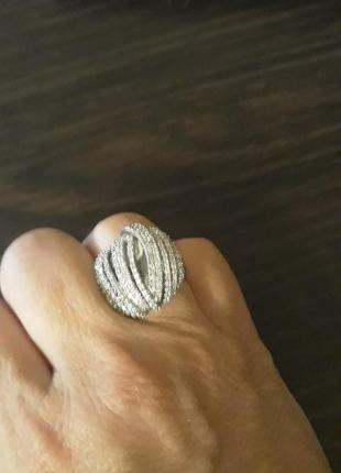 Королевское  кольцо серебро 925 с  россыпью фианитов