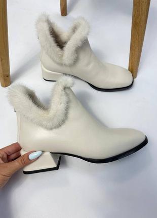 Ботинки с мехом норки деми зима