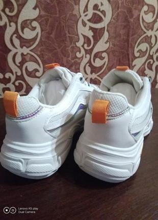 Классные модные лёгкие женские кроссовки- белые- 36-40- качество!.6 фото