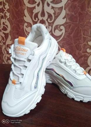 Классные модные лёгкие женские кроссовки- белые- 36-40- качество!.9 фото