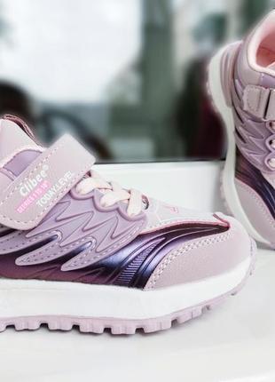 Очень красивые кроссовочки для девочек