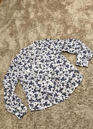 Блузка розмір с-м