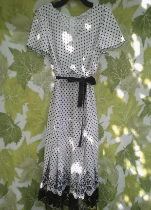 Длинное ретро  платье с вышивкой вышивка в горох горошек хлопок хлопковое польша