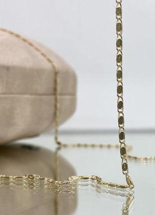 Золотистая цепочка для очков на силиконовых петлях