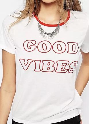 Коассная футболка good vibes