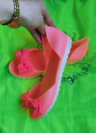 Летние босоножки силиконовые легкие удобные мыльнички тапочки шлёпки