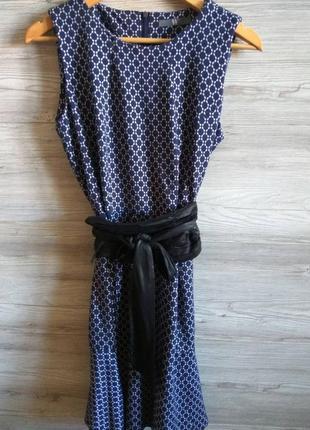 Демисезонное модное платье фирмы w