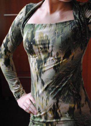 Силуэтное платье футляр s /m5