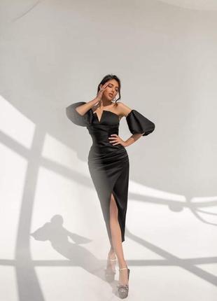 Черное атласное платье , платье с пышными рукавами, вечернее платье 46 размер , платье с разрезом