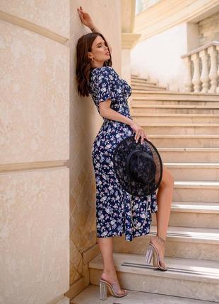 Легкое платье со штапеля в цветочный принт3 фото