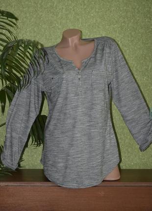Стильная легкая футболочка , блуза рубашечного типа