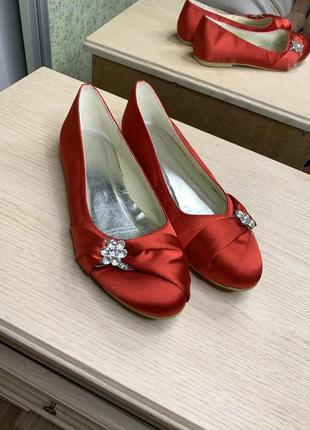 Балетки, женская обувь, туфли , красные туфли